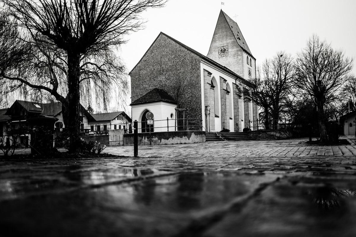 Kirchplatz Oberhachiing